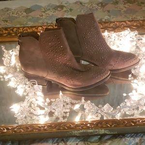 Blowfish studded booties size 10 tan